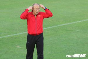 Tuyển Việt Nam 'đóng cửa luyện công', đón trợ lý riêng của HLV Park Hang Seo