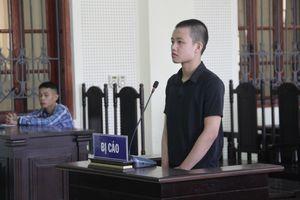 Thiếu niên 16 tuổi lao ô tô vào đối thủ để trả thù lãnh án 3 năm tù