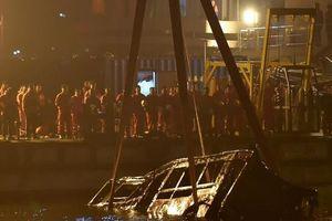 Nữ hành khách xô xát với tài xế và cái kết 13 người thiệt mạng