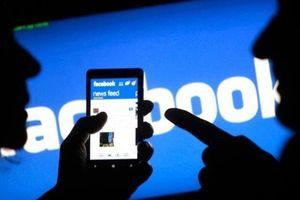 Giáo viên xem tin nhắn Facebook của học sinh là vi phạm pháp luật