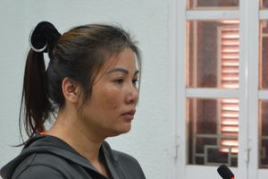 Bà chủ ngáo đá dùng bàn ủi tra tấn nữ nhân viên lĩnh 10 năm tù