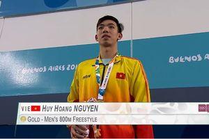 Quảng Bình thưởng 'nóng' kình ngư Nguyễn Huy Hoàng