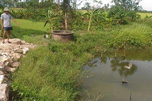 Xây dựng nhà máy nước 26 tỷ đồng, dân vẫn dùng nước 'đồng ruộng' để sinh hoạt