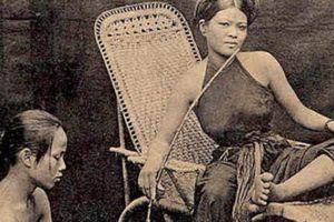 Chùm ảnh: Ngẩn ngơ yếm thắm của kiều nữ Việt xưa