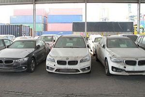 Tại sao lại hoãn xử vụ buôn lậu xe BMW tại Sài Gòn?