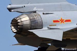 Lộ diện biến thể J-10 với động cơ vector 3D, F-16 đã là quá khứ?
