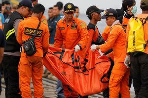 Máy bay Lion Air rơi xuống biển: Phi công từng phát tín hiệu cảnh báo, xin hạ cánh