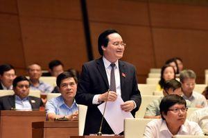Bộ trưởng Bộ GD-ĐT nhận trách nhiệm về việc SGK đang gây lãng phí