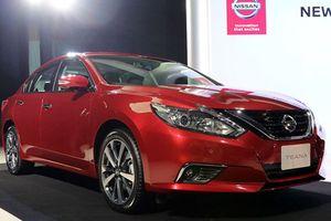 Nissan nâng cấp Teana, quyết đấu Toyota Camry mới