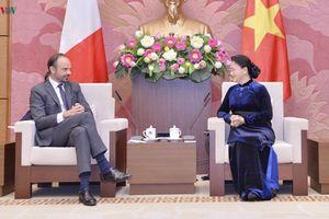 Chủ tịch Quốc hội hội kiến Thủ tướng Cộng hòa Pháp