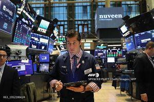 Khối ngoại xả mạnh bluechip trong phiên tăng mạnh ngày cuối tuần 2/11