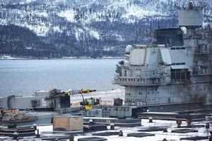 Hình ảnh mới nhất về thiệt hại của tàu sân bay Đô đốc Kuznetsov sau tai nạn