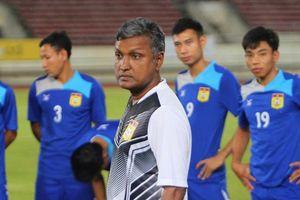 HLV tuyển Lào công bố danh sách AFF Cup như ông Park Hang-seo