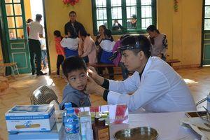 Bệnh viện Trung ương Quân đội 108 tổ chức khám bệnh, cấp thuốc miễn phí tại tỉnh Tuyên Quang