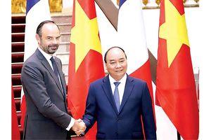 Việt - Pháp khẳng định hợp tác kinh tế tiếp tục là trụ cột ưu tiên