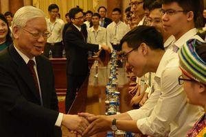 Tổng bí thư, Chủ tịch nước Nguyễn Phú Trọng: Học để làm người rồi mới học để làm cán bộ