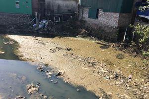 Dòng kênh đen ngòm xã La Phù và bài toán môi trường ở làng tỷ phú