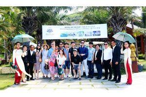 Đoàn famtrip Hàn Quốc tham quan khu du lịch Hòn Tằm - Nha Trang