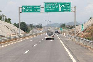 Ngày 3/11, tuyến cao tốc Nội Bài - Lào Cai phục vụ trở lại