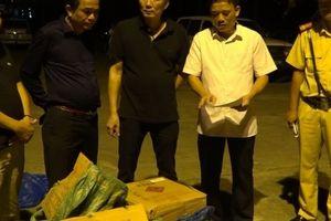 Lào Cai: Bắt giữ người đàn ông vận chuyển hàng chục bao tải pháo hoa lậu