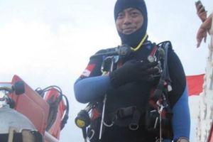 Một thợ lặn thiệt mạng khi tìm kiếm máy bay Indonesia rơi xuống biển
