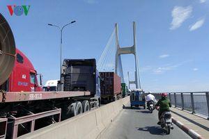 Doanh nghiệp vận tải TP HCM lao đao vì giá nhiên liệu và phí, thuế