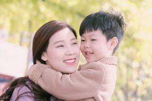 Hoa hậu Phí Thùy Linh du lịch Hàn Quốc với 'người đàn ông đặc biệt'
