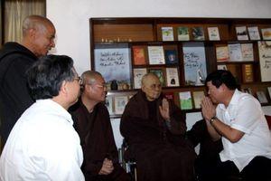 Thủ tướng Nguyễn Xuân Phúc gửi lời hỏi thăm thiền sư Thích Nhất Hạnh
