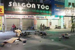 Xe máy tông nhau ở Sài Gòn, 2 người tử vong
