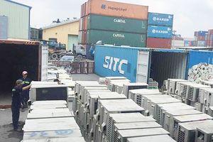 Hải quan TPHCM kiểm đếm hàng ngàn container phế liệu