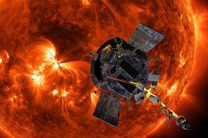 Tàu thăm dò Mặt trời lập 2 kỷ lục mới