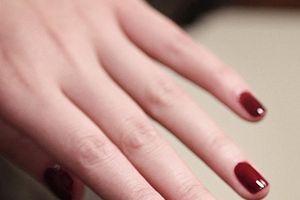 Gợi ý 7 kiểu móng tuyệt đẹp phù hợp với từng dáng tay của bạn gái
