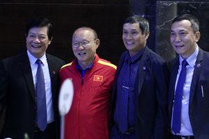 Thầy Park được tiếp 'doping' trước thềm AFF Cup 2018