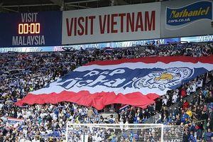 Trận thắng đầy cảm xúc của Leicester dành tặng ông chủ người Thái Lan