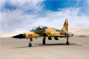 Máy bay tiêm kích Kowsar của Iran giống F-5F Tiger II của Mỹ?