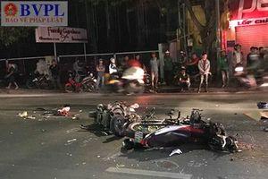 Xe máy tông nhau kinh hoàng, 2 người chết, 1 người bị thương