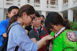Sôi động lễ hội sắc màu văn hóa của sinh viên Đại học Vinh