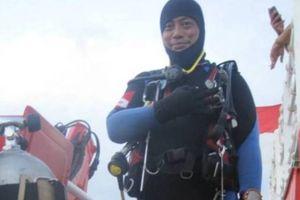 Thợ lặn tìm kiếm máy bay Lion Air bị rơi thiệt mạng