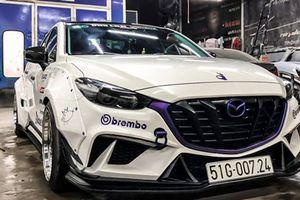 Mazda3 độ phong cách thân rộng ấn tượng tại Sài Gòn