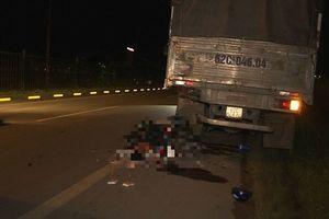 Tông vào đuôi xe tải đỗ bên đường, 2 thanh niên tử vong tại chỗ