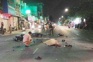 Xe máy tông nhau lúc nửa đêm ở Sài Gòn, 2 người tử vong