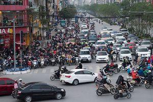 Hà Nội lập đề án thu phí xe vào nội đô: Chuyên gia nói gì?