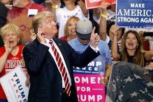 Ông Trump tập trung vào vấn đề nhập cư để hút cử tri trước bầu cử Mỹ