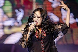 Thanh Lam: Phạm Phương Thảo rất điên thì mới viết được câu hát 'cô gái ngửa mình ra phơi'
