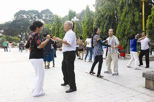 Tản mạn về chăm sóc người cao tuổi