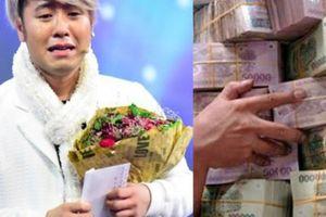 Điêu đứng vì gánh nợ 4 tỷ thay bạn, Akira Phan có trả hết như đã hứa?