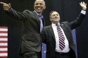 Hai ông Donald Trump, Barack Obama cùng 'ra trận'