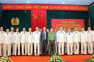 Gặp mặt 68 năm Ngày truyền thống lực lượng Cảnh sát Quản lý trại giam