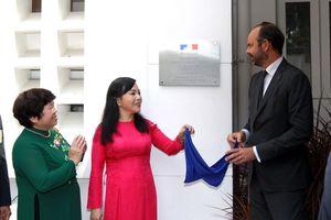 Thủ tướng Pháp dự lễ khai trương Trung tâm Y tế Pháp tại TP Hồ Chí Minh