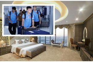 'Soi' khách sạn ở Lào ĐT Việt Nam nghỉ chuẩn bị mở màn AFF Cup
